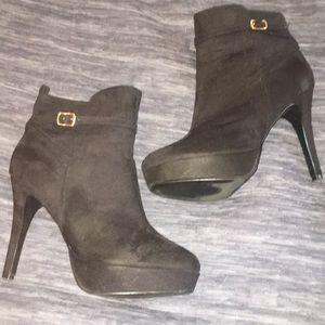 H&M Black suede booties